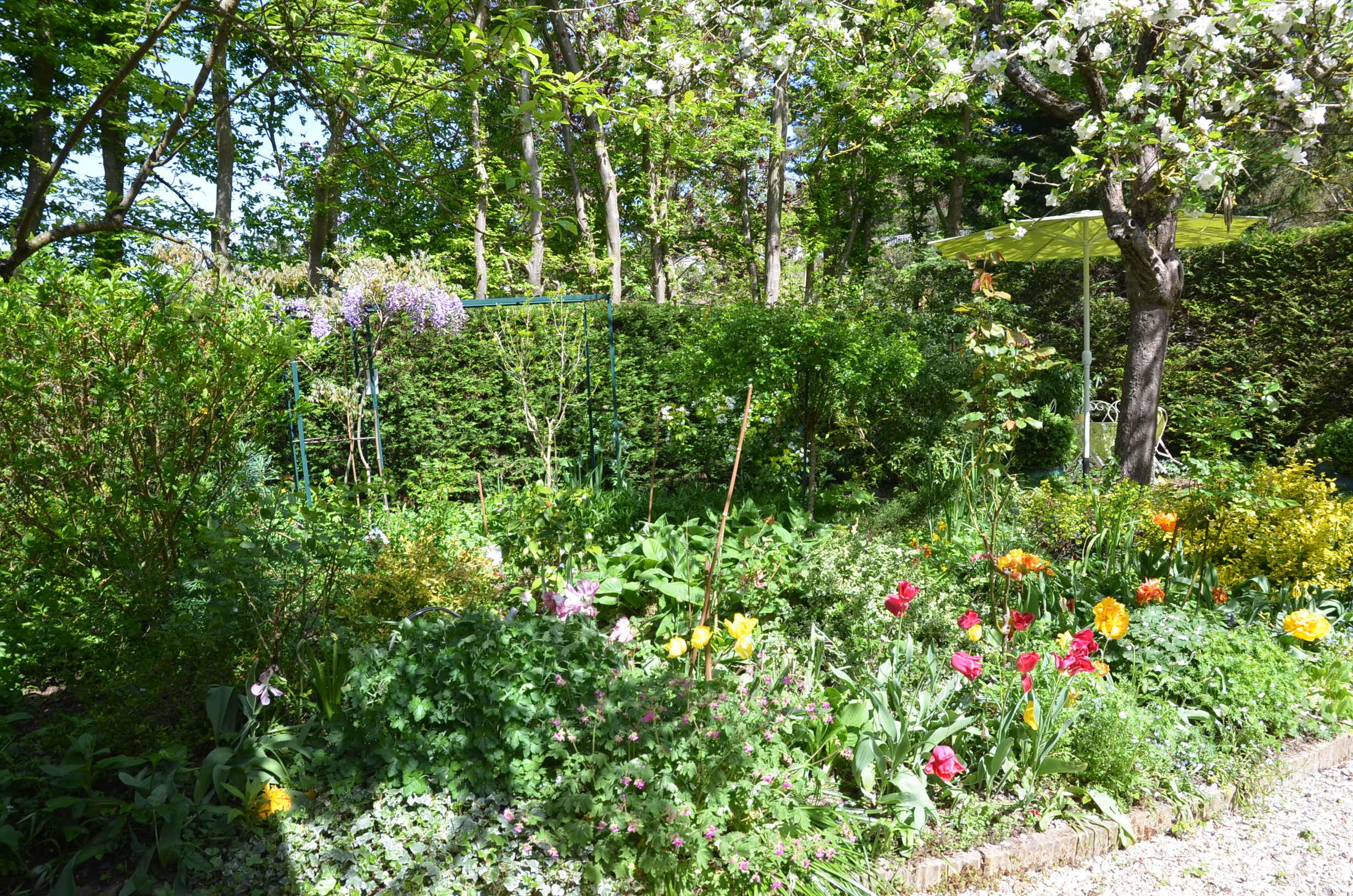 Maison d h tes giverny le clos fleuri b b giverny for Jardin fleuri maison